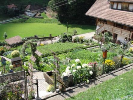 Offener Bauerngarten beim Bühlhof